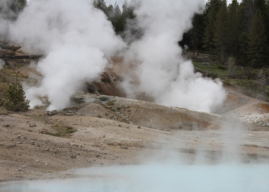 Sulfured steam