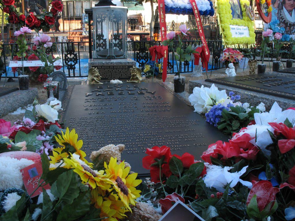 Gravesite of Elvis Presley