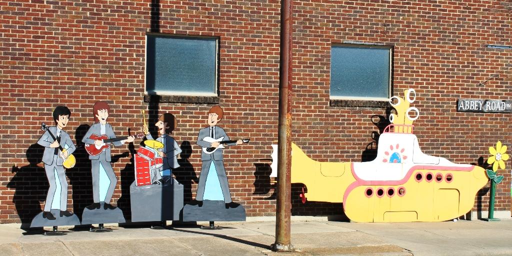 The Beatles and their yellow submarine, Walnut Ridge, Arkansas
