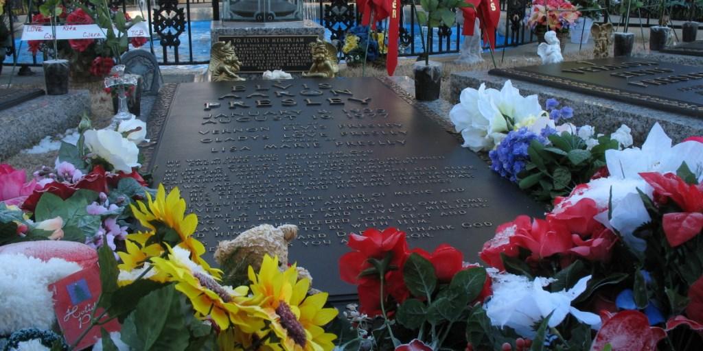 Grave site of Elvis Presley in the Meditation Garden of Graceland