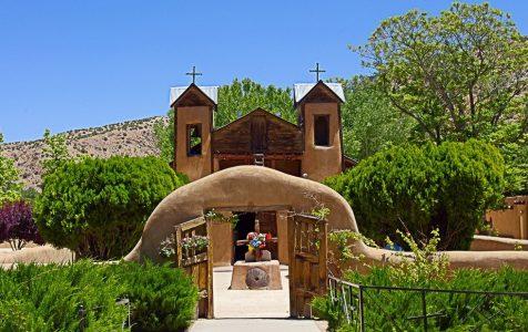 Holy Dirt: Review of The Healing Power of the Santuario de Chimayó