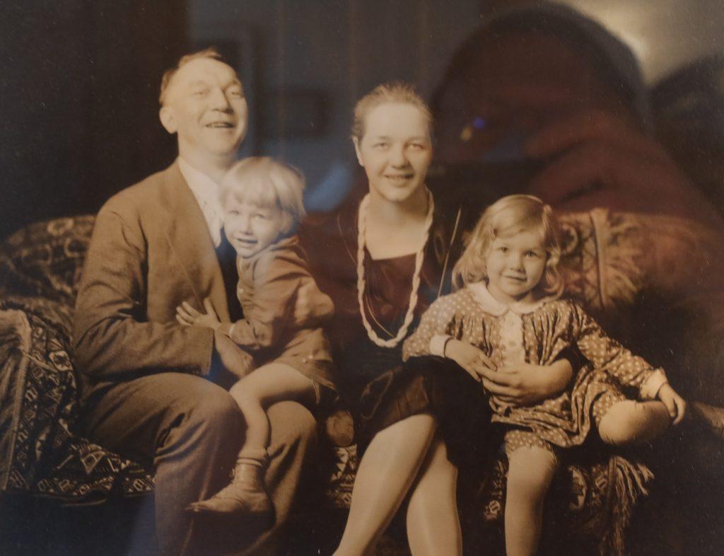 Vachel Lindsay family portrait